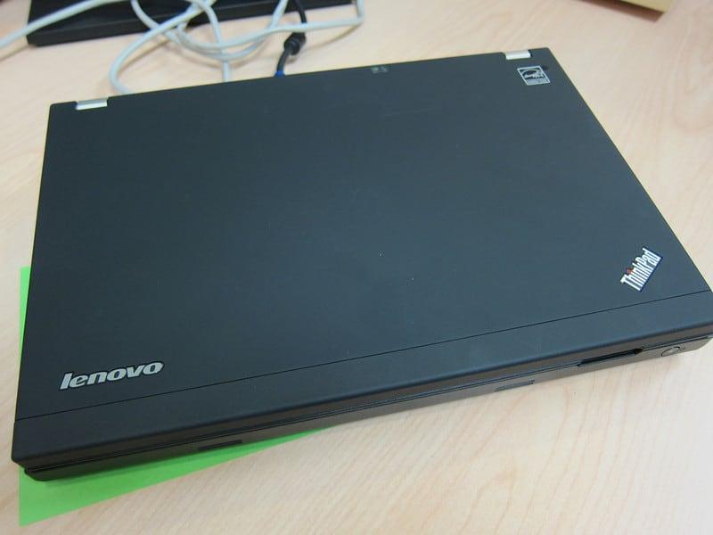 Lenovo ThinkPad X220 Unboxing Photos