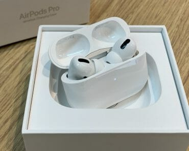 Apple AirPods Pro Singapore Unboxing